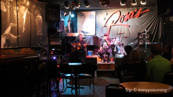 Rosa's Lounge