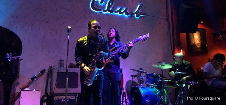 Sax N Art Jazz Club2