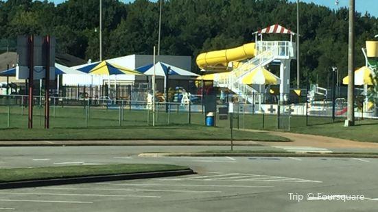 Clarksville Aquatic Center