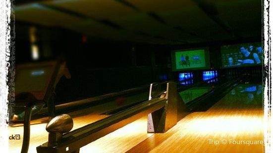 Blackhawk Bowl and Martini Lounge