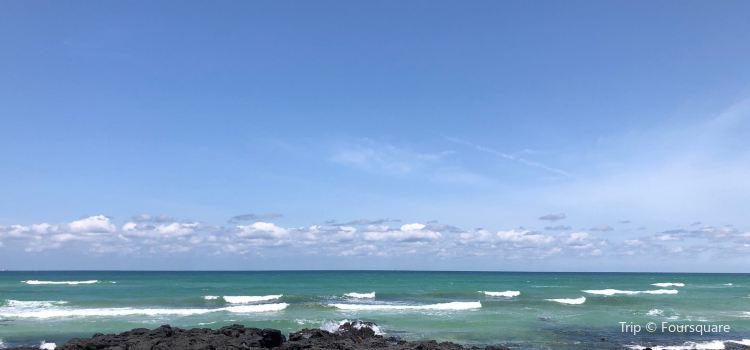 Gwakji Gwamul Beach1