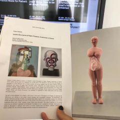 Galerie Hauser & Wirth & Presenhuber User Photo