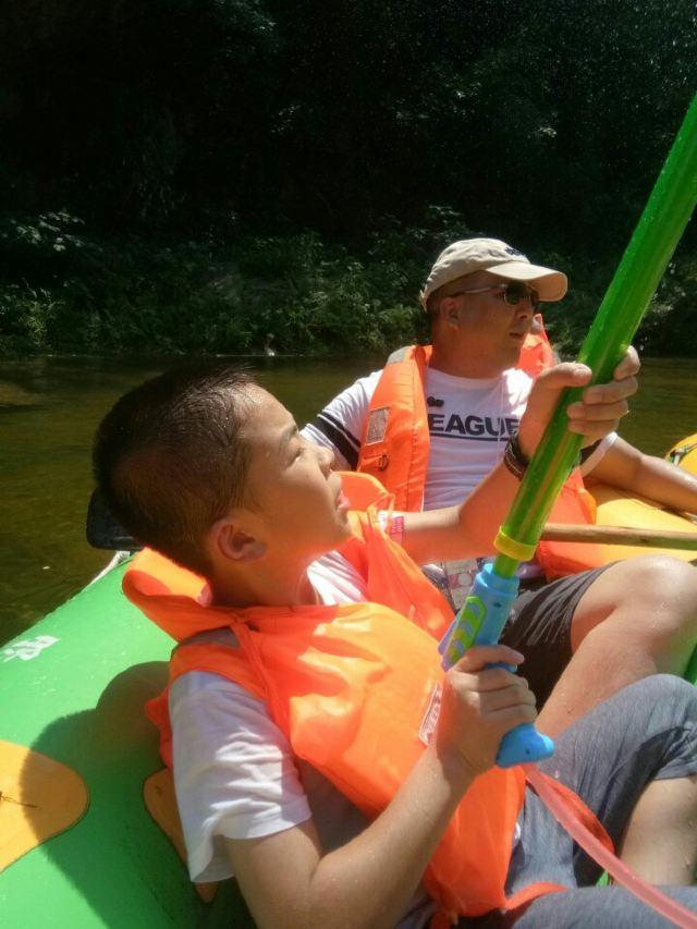 京山鴛鴦溪漂流