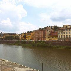 Ponte Santa Trinita User Photo