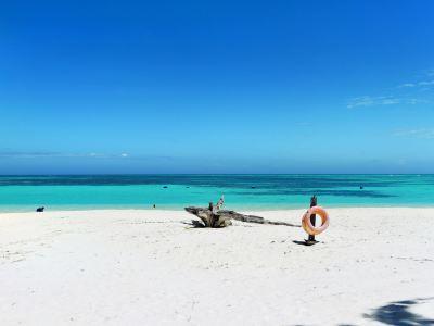 Mengalum Island