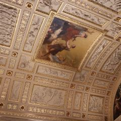 Louvre Museum User Photo