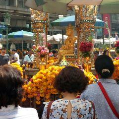 Erawan Shrine User Photo