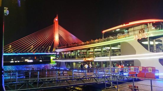 珠江夜遊大沙頭碼頭