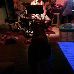 Charlh's Bar User Photo