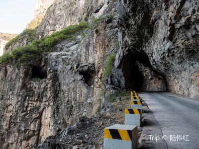錫崖溝掛壁公路