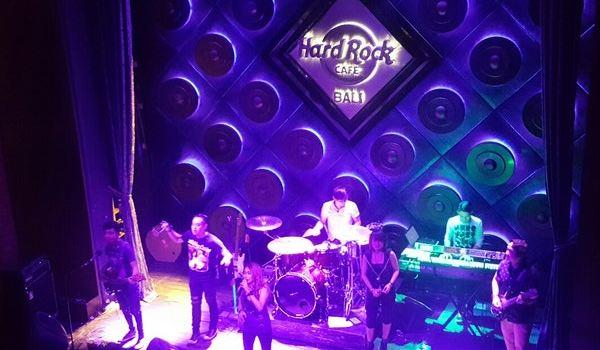 Hard Rock Cafe Bali3