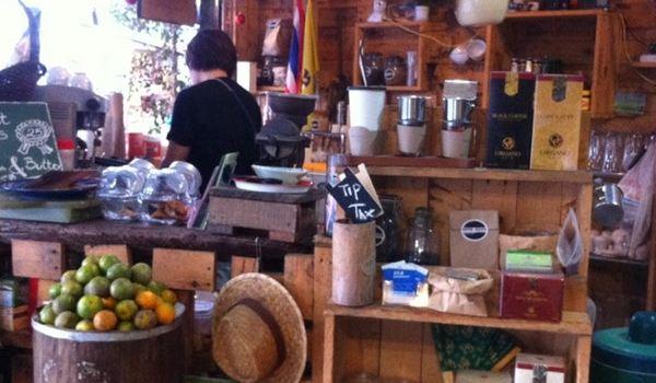 Yummy Corner Cafe2