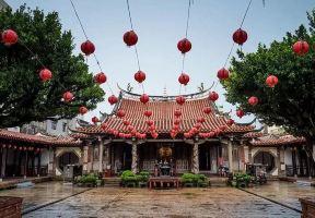探訪羅大佑的鹿港小鎮,尋找媽祖廟後的小雜貨店