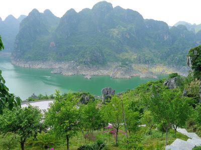 萬峰湖紅椿碼頭