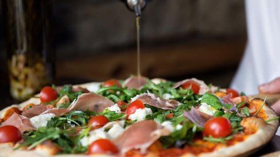Origano Cafe & Pizzeria