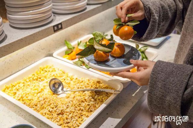 今天必須曝光瀋陽這家火鍋店!40道菜258元,6個人吃到扶牆出!