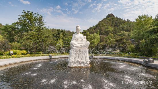 黃河母親塑像
