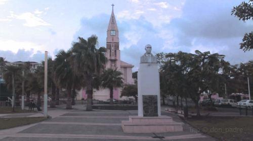 Stade Municipal de Sainte-Anne (Guadeloupe)