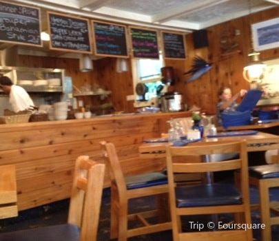 Good Harbor Grill2
