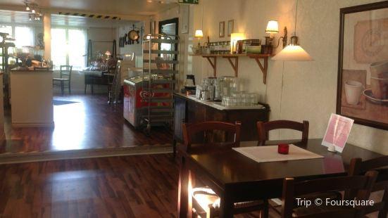Cafe Gillet