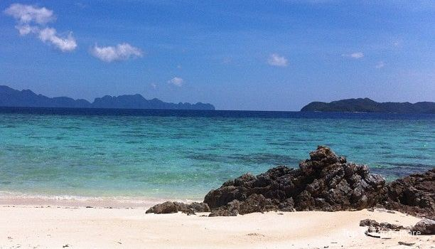 Bulog Island3