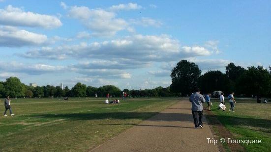 Hyde Park Sporting Club