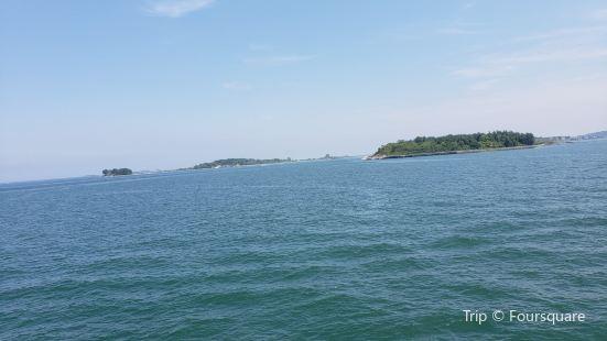 Gallops Island