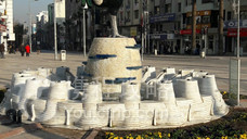 Horoz Heykeli