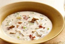 波士顿美食图片-奶油蛤蜊浓汤