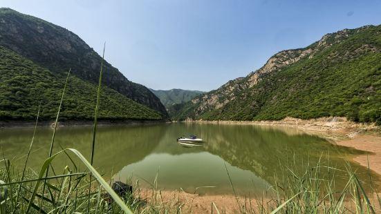Zhengguo Canal Scenic Spot