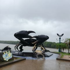 The Mud Crabs Sculpture User Photo