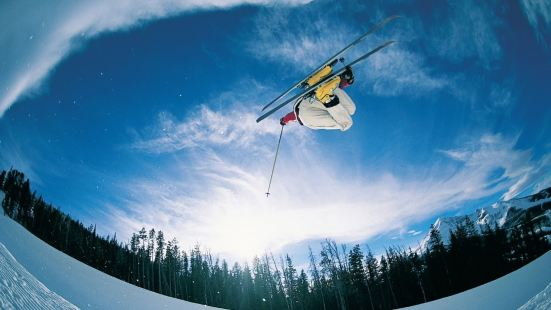 山外山滑雪場