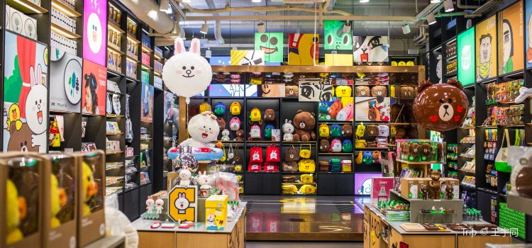 LINE FRIENDS STORE(新沙洞店)2