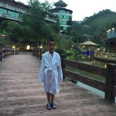 Longmen Water Cave User Photo