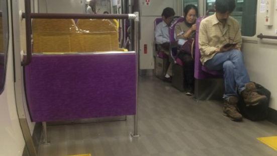 神戶機場城鐵