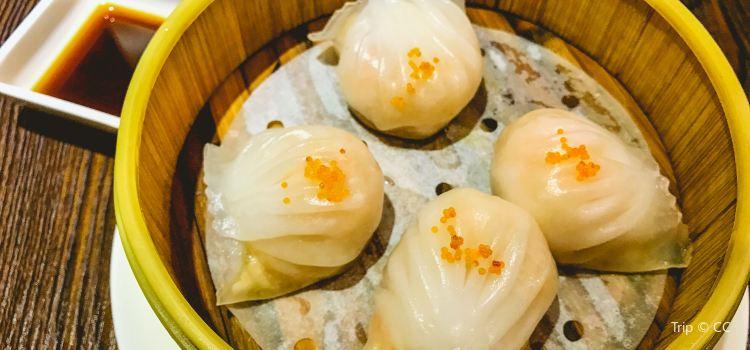 臻品粵茶餐廳(万科美好廣場店)2
