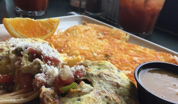 Lowell's Restaurant3