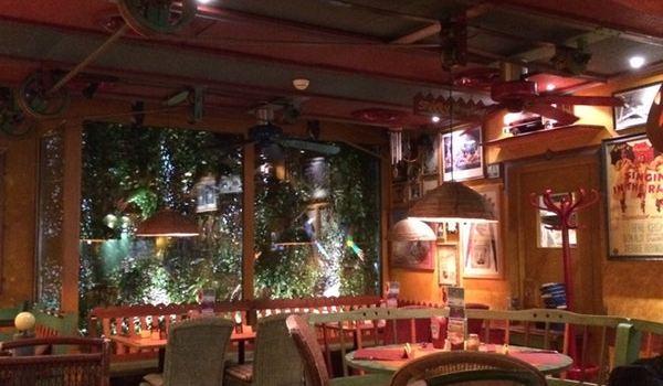 Restaurant Papa Joe's2