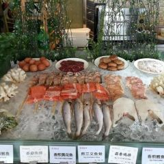 Jin Yuan Hotel Revolving Restaurant User Photo