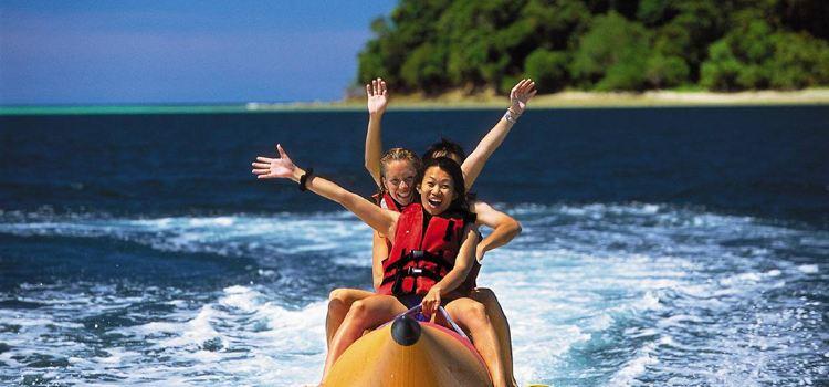 Waikiki Beach banana boat experience