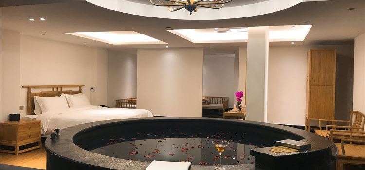 Royal Seaside Resort Hotel2