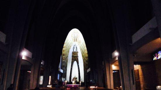 Chiesa di Nostra Signora dep Santissimo Sacramento e dei Santi Martiri Canadesi