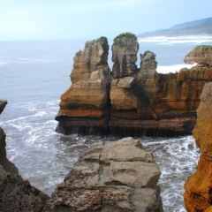 Punakaiki Pancake Rock and Blowhole User Photo