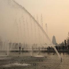 다옌탑 북광장 여행 사진