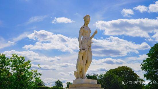"""La statue """"Diane"""""""