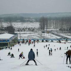 Tieshan Temple Ski Resort User Photo