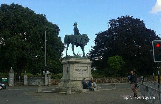 General Sir Redvers Buller Statue2