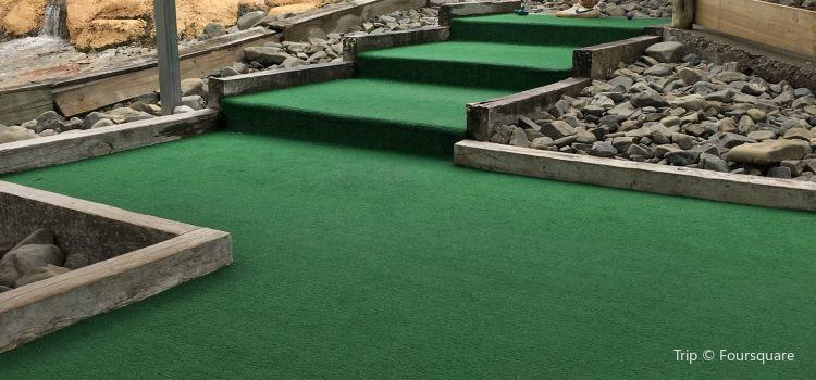 A Maze N Golf2