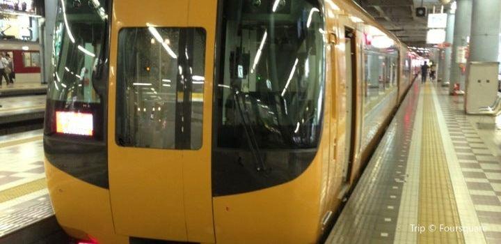 오사카우에혼마치 역3