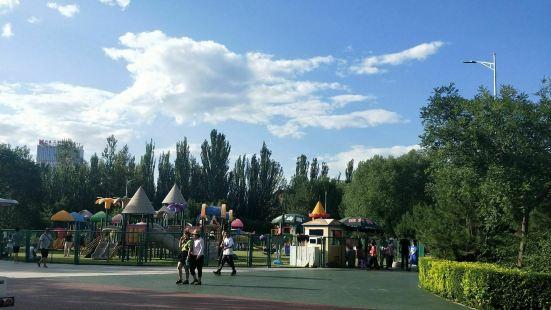 阿爾泰遊樂園